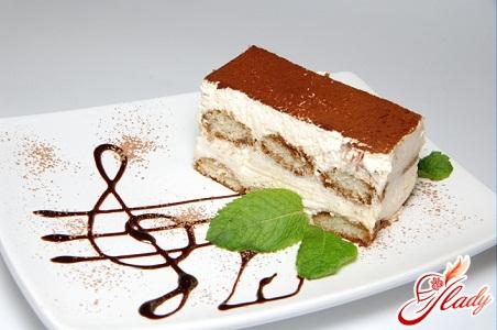 тірамісу торт
