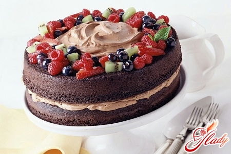 biscuit cake with fruit