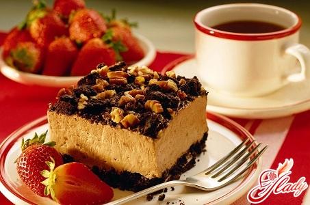 рецепт бісквітного торта з фруктами