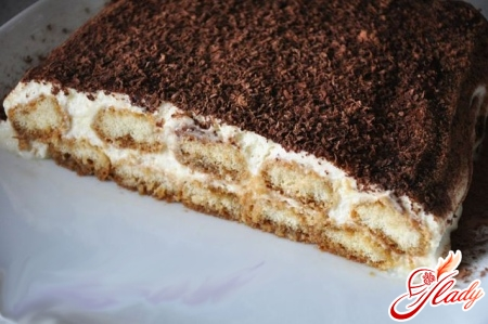 delicious cake of biscuits and sour cream