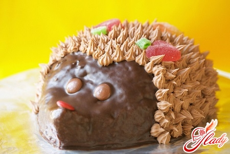 unusual cake from fish cookies
