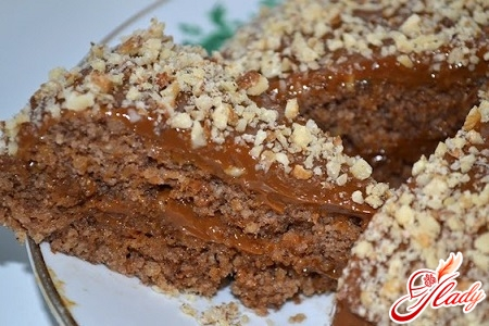 cake with boiled condensed milk and walnuts