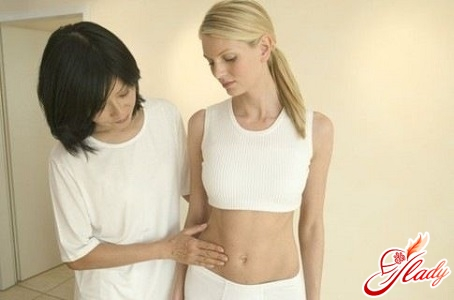 pulls the lower abdomen during pregnancy in the early stages