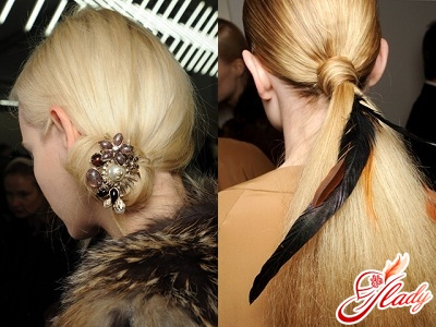 Fashionable hairstyles and accessories to them