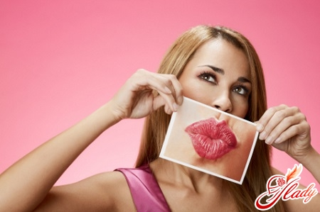 reviews of lip augmentation with hyaluronic acid