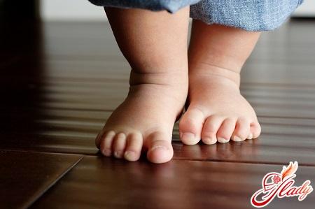 causes of foot deformities in the child