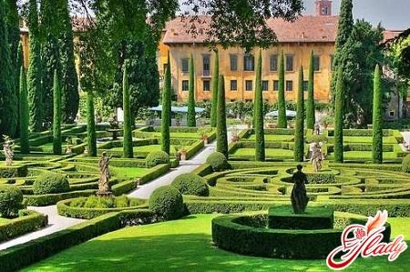 palace and jushi garden