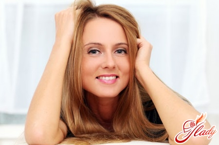 reasons for the appearance of oily hair