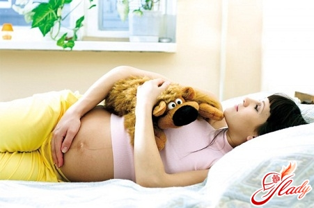 miscarriage in the early stages of symptoms