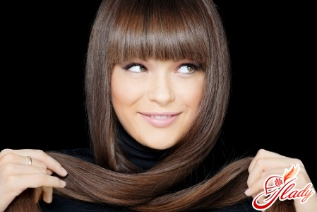 perfectly straight hair styling with a straightener