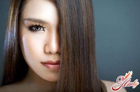 ополіскування волосся яблучним оцтом