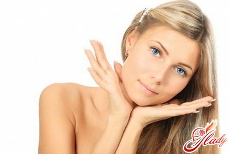Japanese anti-aging facial massage