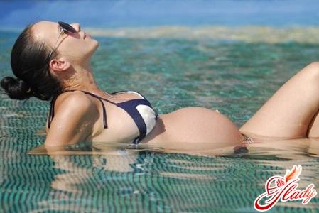 beautiful tan during pregnancy