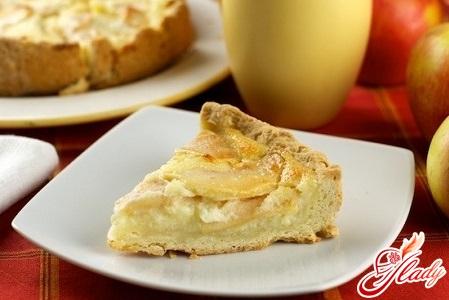Pie Floating Apples