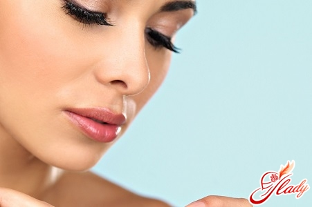 causes of odor from the nose