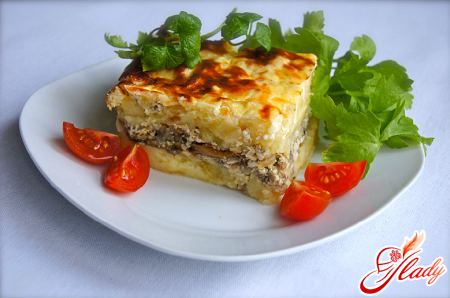 potato pudding with minced meat and mushrooms