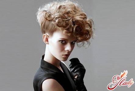 curls on short hair