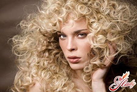 завивка волосся різними методами
