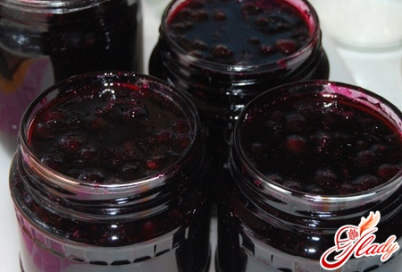 delicious jelly from black currant