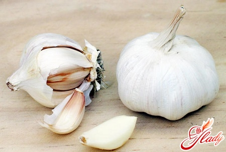 garlic for the treatment of wen