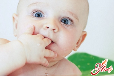 change of milk teeth to permanent aboriginal children